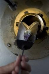 Schöner durch Hitze: Blanke Stahlschrauben kommen in speziellen Drehrohrofen