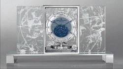 Himmlische Kunst: In ihrer neuen Version bildet die Atmos Astronomique eine historische Himmelskarte ab. Preis: 59 000 Euro