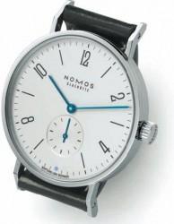 Botanisches von Nomos bietet die Tangente Wegwarte mit Nomos-Alpha-Handaufzugskaliber