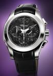 """""""Trotz seines XL-Formats passt sich das Gehäuse perfekt an die Form des Handgelenks an"""", kommentiert Elton John seine Uhrenkreation"""