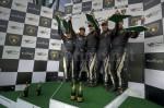 Das Blancpain-Team auf dem Siegertreppchen