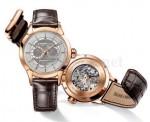 Gold auf Silber auf Gold: An dieser Uhr gibt es nichts, was billig wirken könnte.