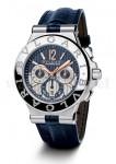 Macht sich gut in Blau: der Chronograph Diagono Calibro 303