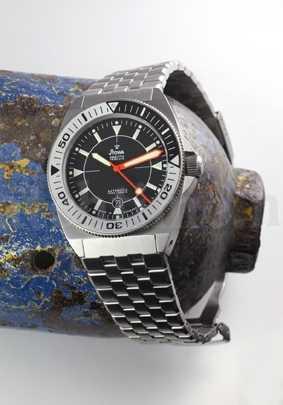 prodiver-schwarz-metall-watchtime1