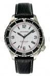 Im schwarz/weiß Look: das Uhrenmodell SportTaucher von Archimede