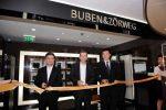 Boutique-Eröffnung: Mark Quek, CEO der Citimex Group, Christian Zörweg und Managing Director von Jinhua, Mr. Liu