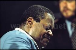 Oscar Peterson wird von Vielen als größter Jazz-Pianist aller Zeiten betrachtet. Oris ehrt ihn mit einer limitierten Edition.