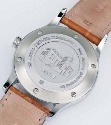 Mit der limitierten Zeitmeister Sonderedition schicken die Wempe Chronometerwerke einen Gruß zum 20. UHREN-MAGAZIN-Jubiläumsjahr und feiern selbst den 100. Geburtstag der Sternwarte Glashütte.