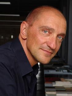 Der italienische Architekt Rodolfo Dordoni entwirft eine Uhr für Maurice Lacroix