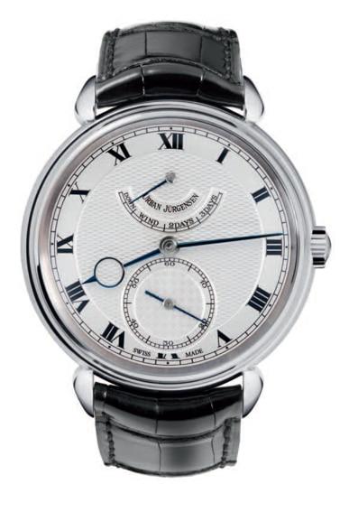 Über der kleinen Sekunde zeigt der Chronometer P8 die verbleibende Gangreserve