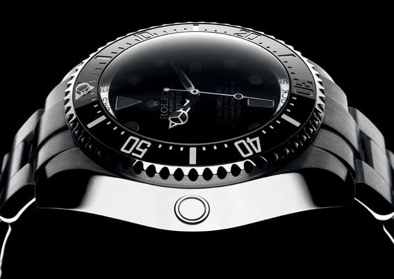 Bis 3.900 Meter wasserdicht: die Rolex Sea-Dweller Deepsea, 8.300 €
