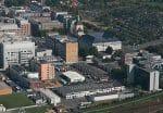 Herstellung: Die Merck-Gruppe in Darmstadt betreibt die Flüssigkristall-Produktion sowie die Forschung an modernen Displays.
