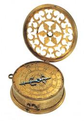Im Mittelalter genügt es, die Stunde zu wissen (Halsuhr, Süddeutschland, um 1530/40)