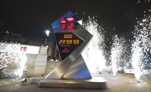 Die Countdown-Uhr auf dem Trafalgar Square gab die verbleibende Zeit bis zum Beginn der Spiele an