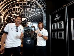 Die Juve-Stars rund um Buffon und Pirlo werden ab sofort von Hublot gesponsert