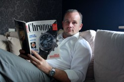 Gewinner Thomas Pier mit seiner ersten Chronos