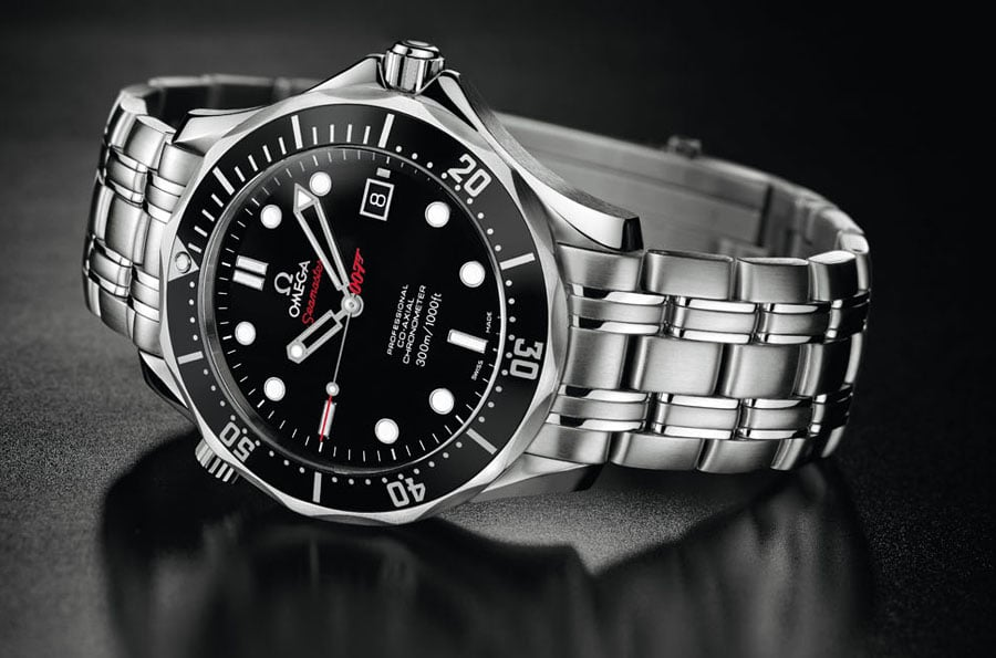 Omega Seamaster Diver 300m James Bond 007 Collector's Piece