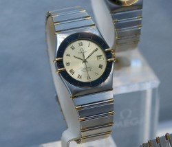 Omega Constellation 1982