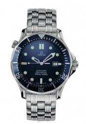 Die Omega Seamaster Diver Referenz 2541.80.00 wurde 1995 von Pierce Brosnan getragen