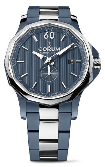 Die Admiral's Cup Legend 42 von Corum in Blau