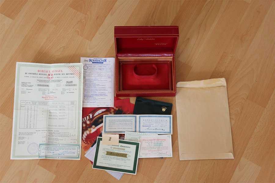 Die Rolex Day Date Referenz 1803 von 1961 besitzt noch alle Papiere