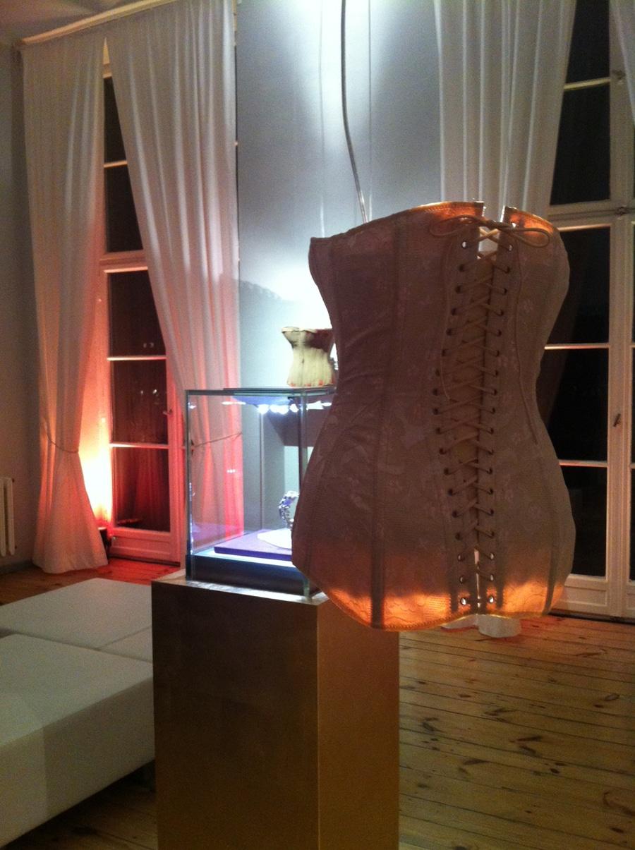 Im Rahmen der Berlinale 2013 präsentiert Glashütte Original die Damenkollektion Pavenina.