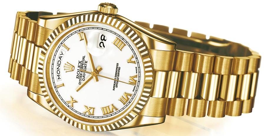 Wegen der hochpräzisen Fertigung kann ein Goldarmband von Rolex 30 bis 40 Jahre ohne Reparatur getragen werden