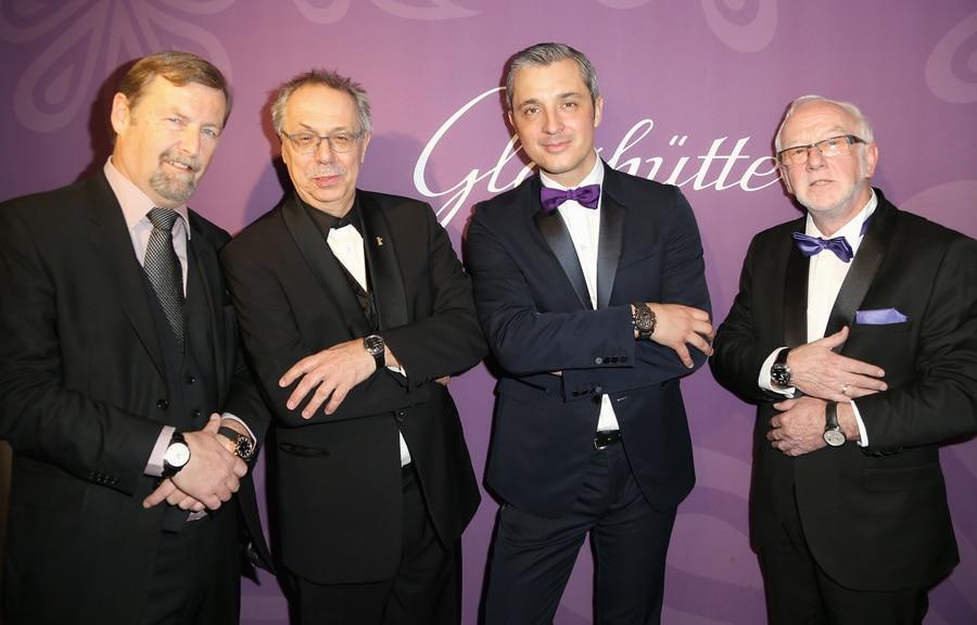 Yann Gamard, Dieter Kosslick, Dieter Pachner und Guenter Wiegand (von links) bei der Präsentation der Damenuhren von Glashütte Original.