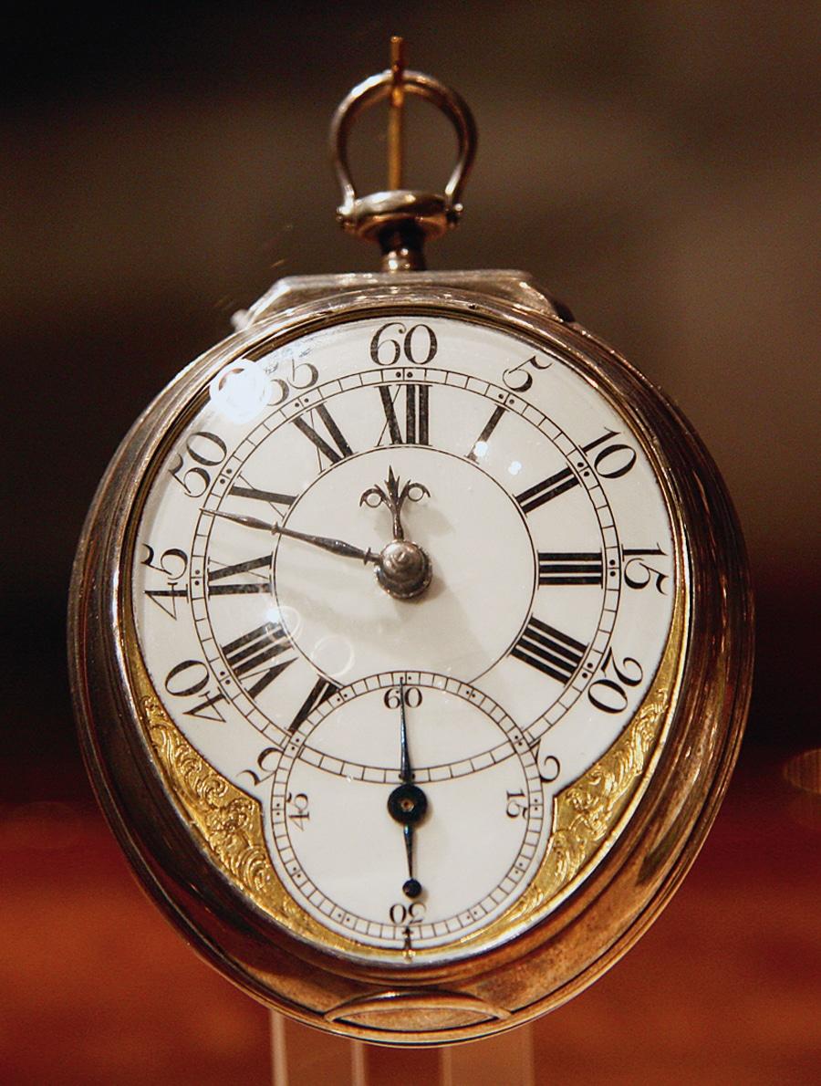 Immer genauer: Die Entwicklungen des 17. und 18. Jahrhunderts erlauben es schließlich, die Zeit auf die Sekunde genau anzuzeigen. Taschenuhr aus Silber mit Kleiner Sekunde, 1745/50, London.