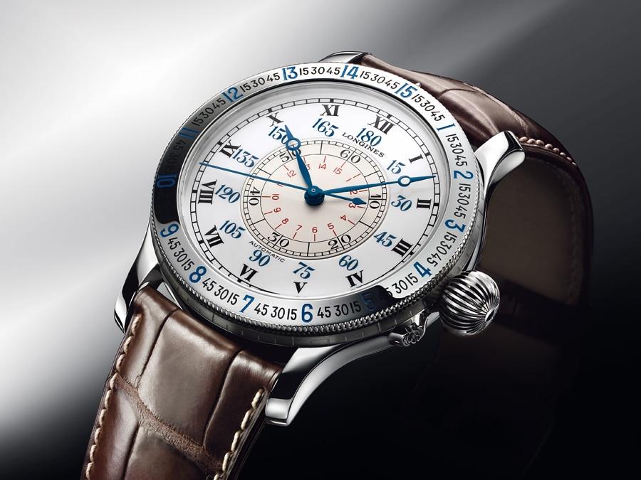 Die aktuelle Lindbergh-Stundenwinkeluhr ist eine originalgetreue Nachbildung des Urmodells und mit 47,5 Millimetern Durchmesser genauso groß