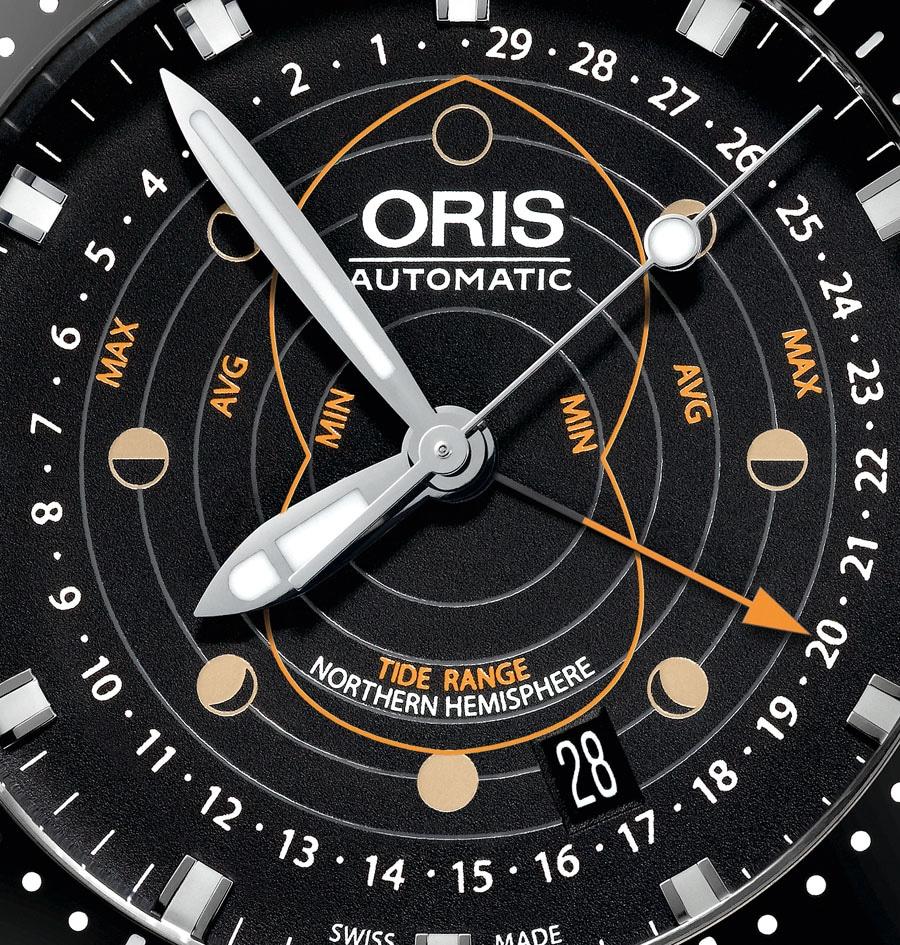 Oris ProDiver Pointer Moon Detail