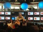 Swatch-Group-Chef Nick Hayek jun. erklärt das neue Automatikwerk