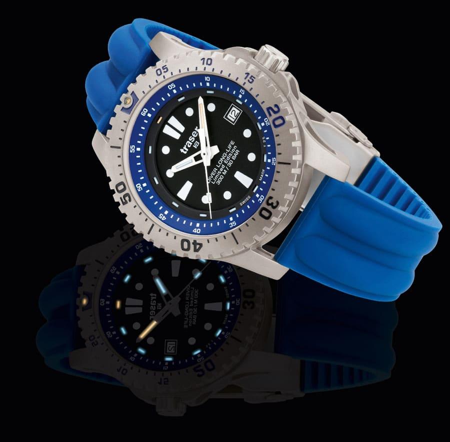 traser® H3Diver Long-Life Blue Tag- und Nachtaufnahme