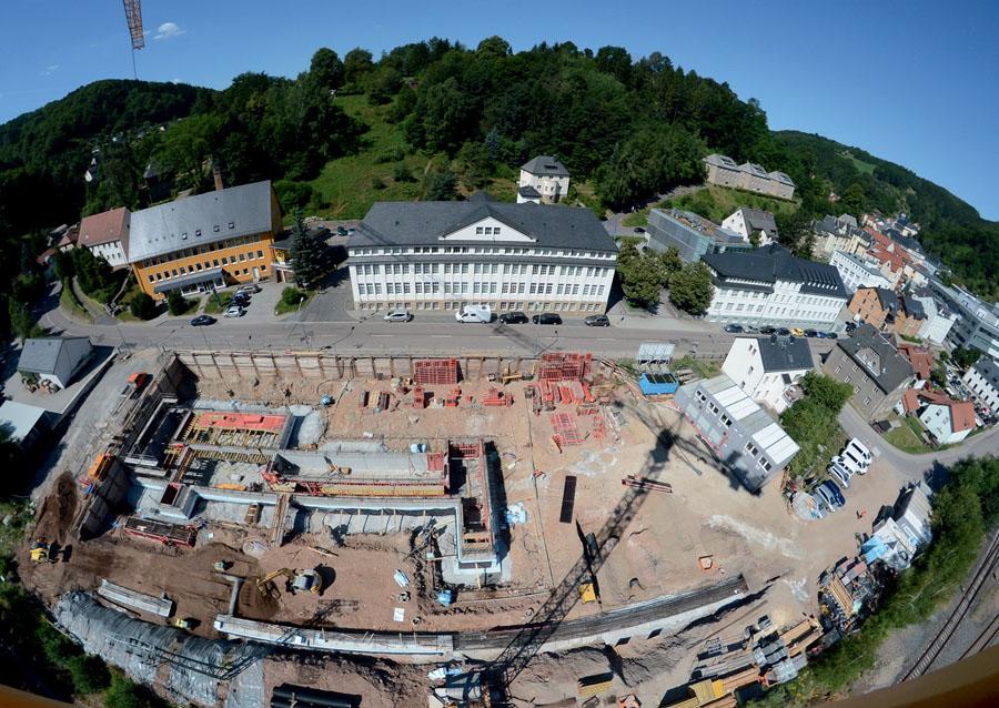A. Lange & Söhne: Der Neubau soll im Frühjahr 2015 fertiggestellt werden.