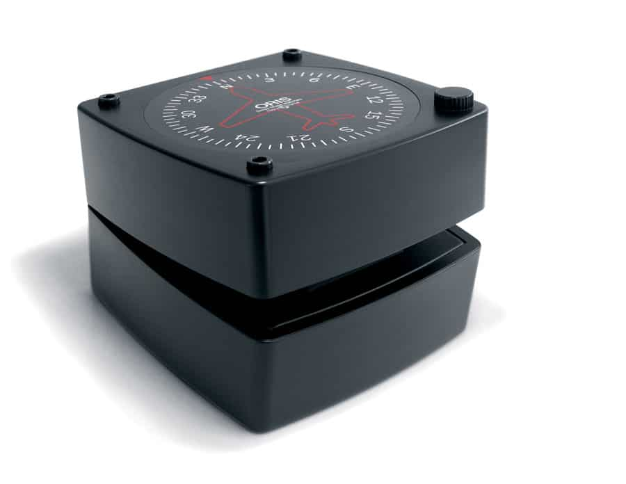 Oris: Fliegerbox mit Kompassdrehscheibe
