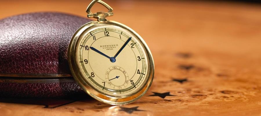 Auch 1930 ist die klassische Taschenuhr noch zeitgemäß.