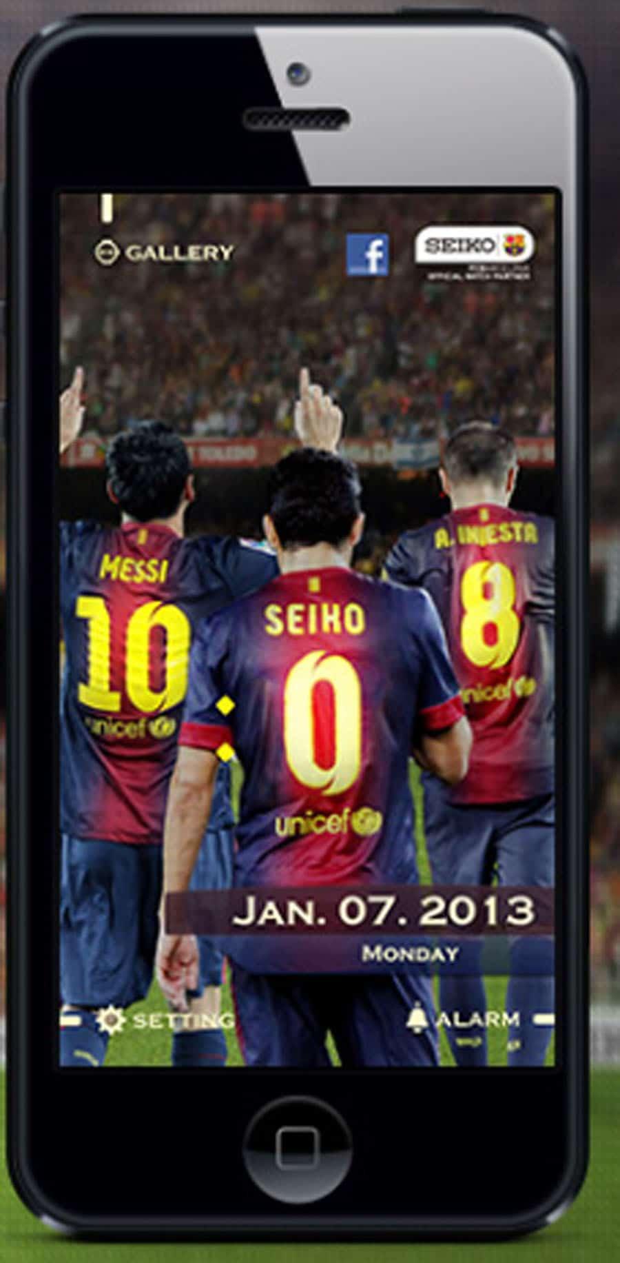 Die App bietet u.a. eine Zeitanzeige für Fußballbegeisterte: Die aktuelle Zeit wird als Rückennummer auf den Trikots der FCB Kicker dargestellt.