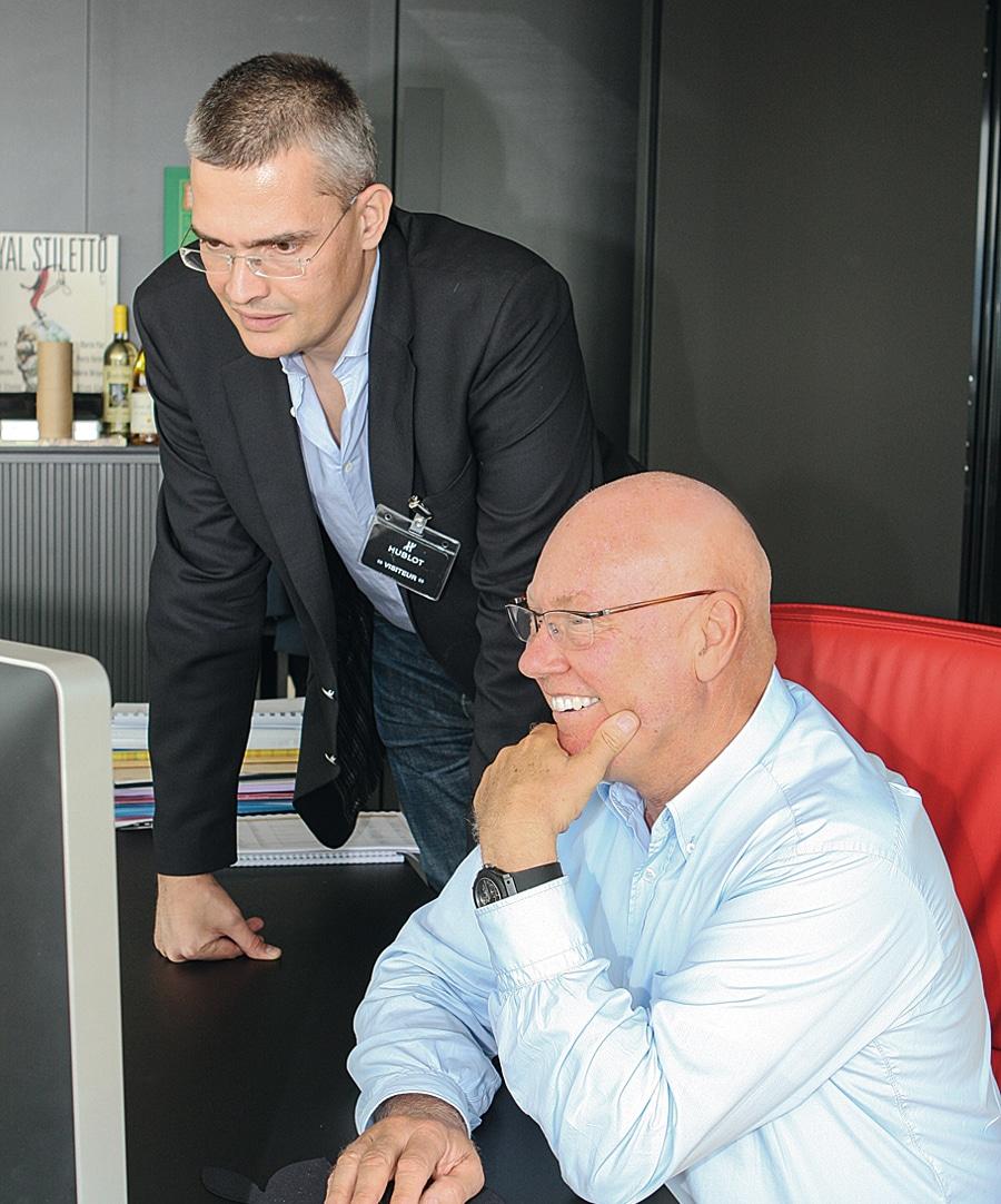 Jean-Claude Biver in seinem Büro in Nyon mit Chronos-Chefredakteur Rüdiger Bucher