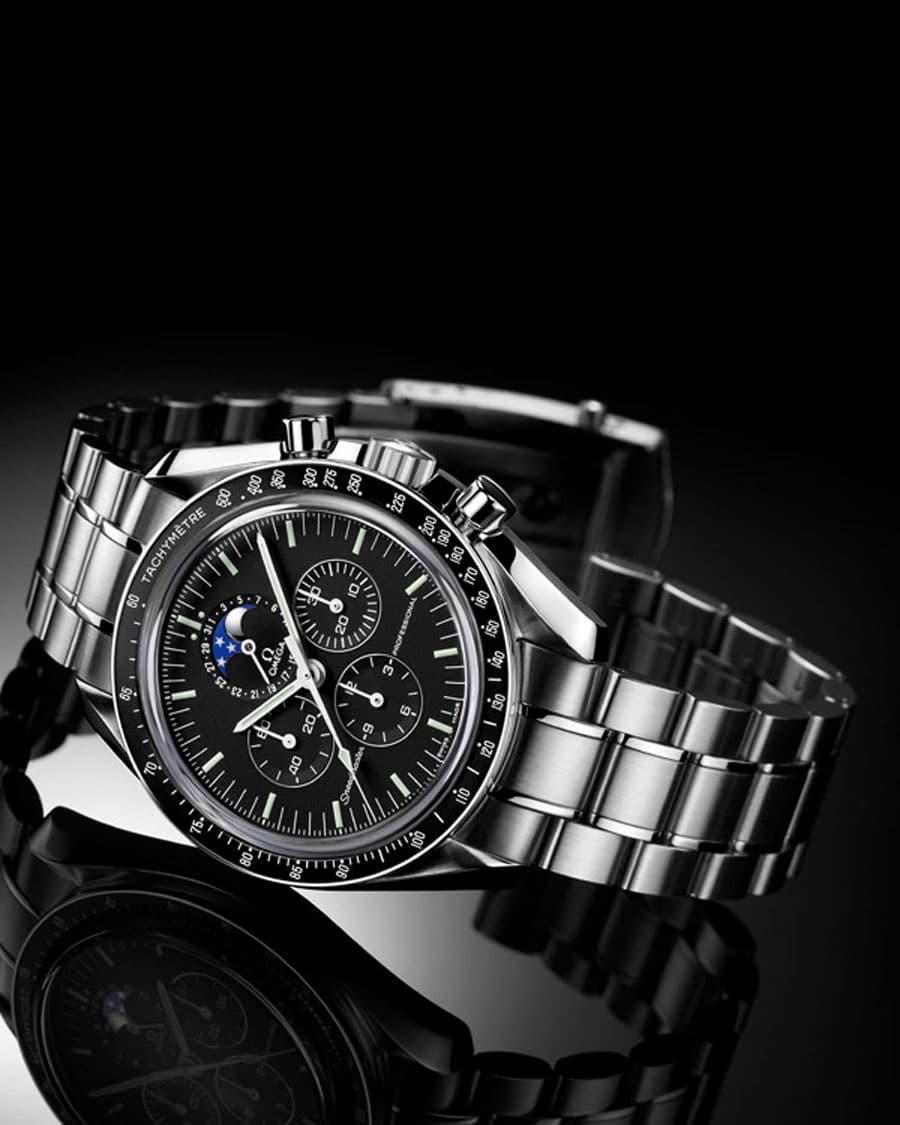 Omega: Speedmaster Professional Moonphase