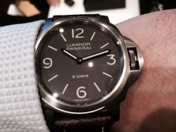 Panerai Luminor 8-Days 44 mm, Titan, 6400 Euro