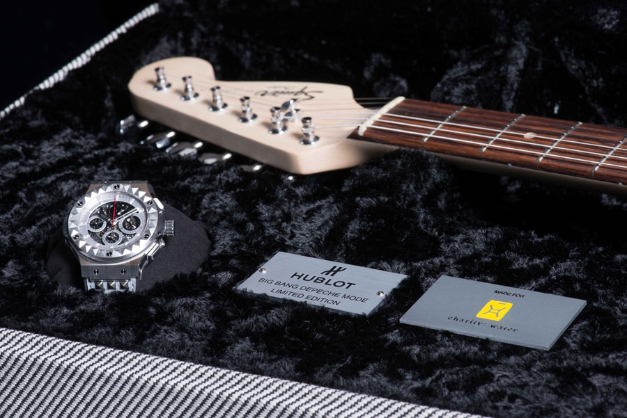 Hublot & Depeche Mode-Set: Big Bang Depeche Mode Titan, signierte Gitarre