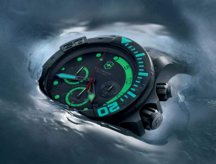 Victorinox: Dive Master 500, leuchtet