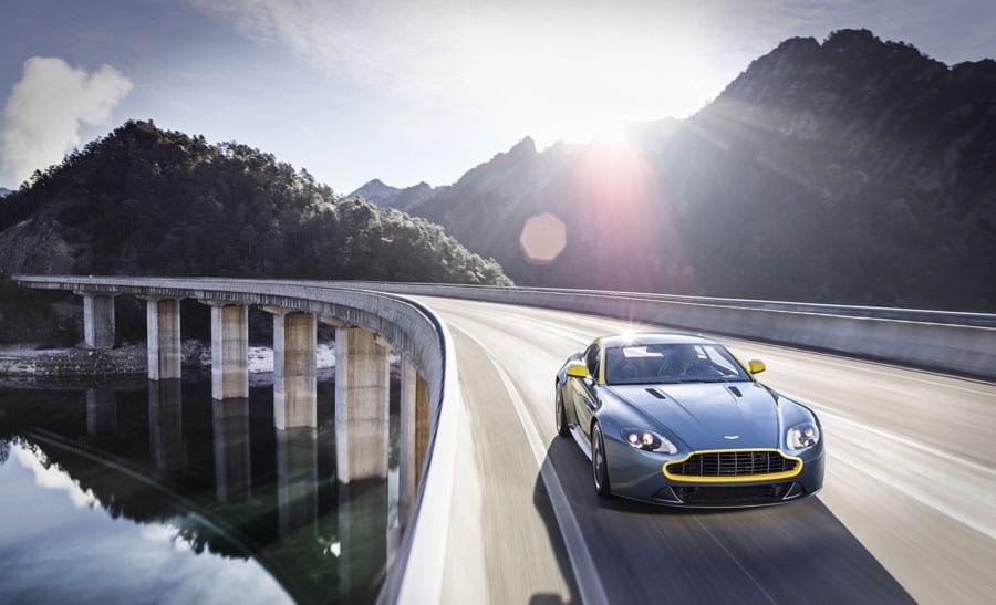 Jaeger-LeCoultre: Mit der neuen Amvox2 Transponder lassen sich alle Aston-Martin-Fahrzeuge auf- und abschließen