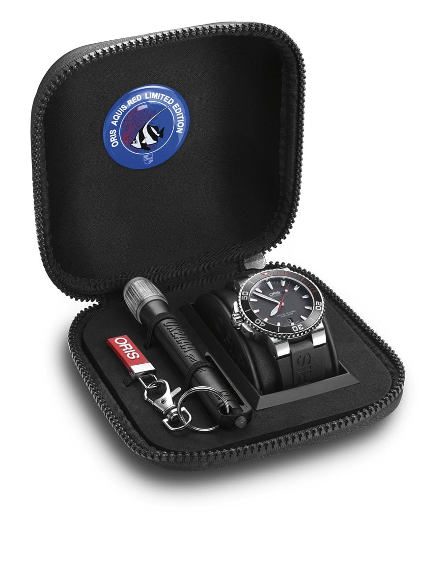 Oris Aquis Red Limited Edition mit Tauchtaschenlampe