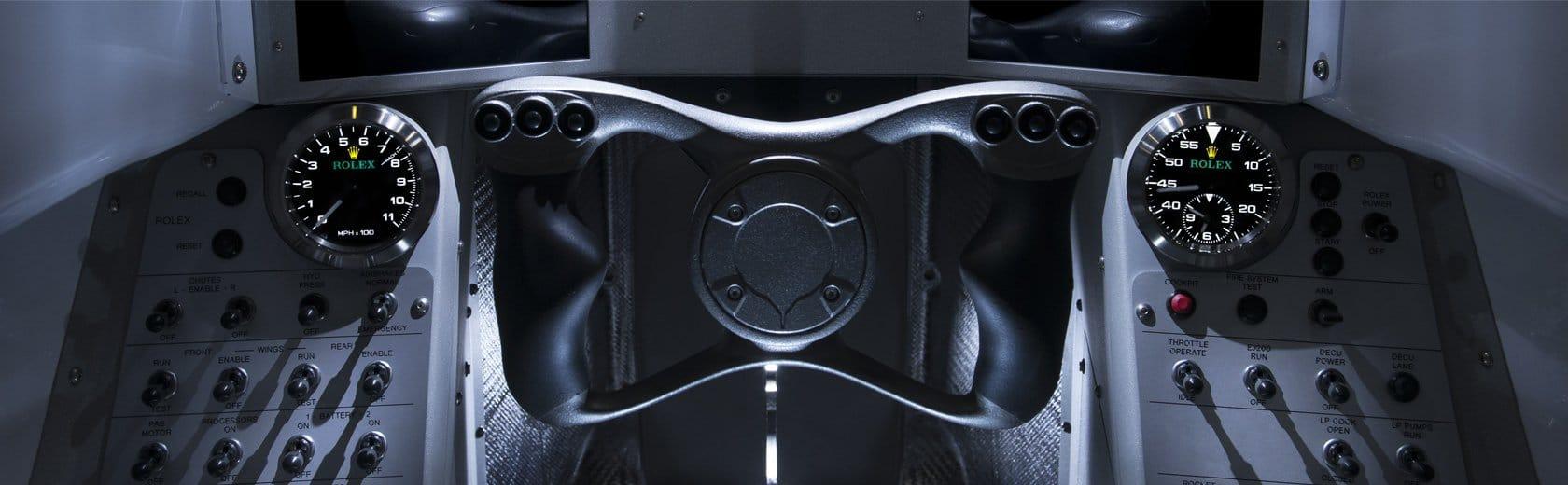Rolex-Instrumente im Cockpit des Bloodhound SSC