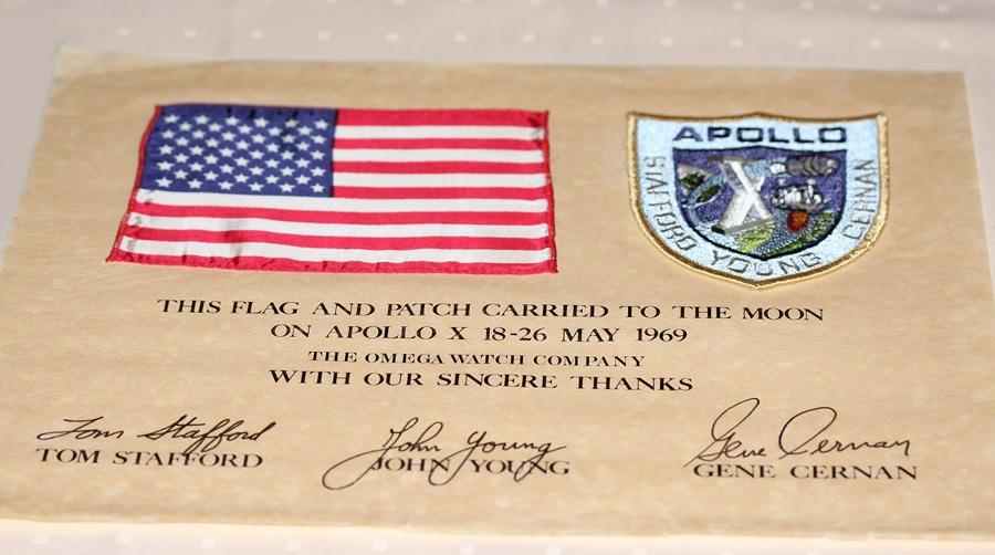 Flagge der Mission Apollo 10, die im Mai 1969 auf dem Mond war
