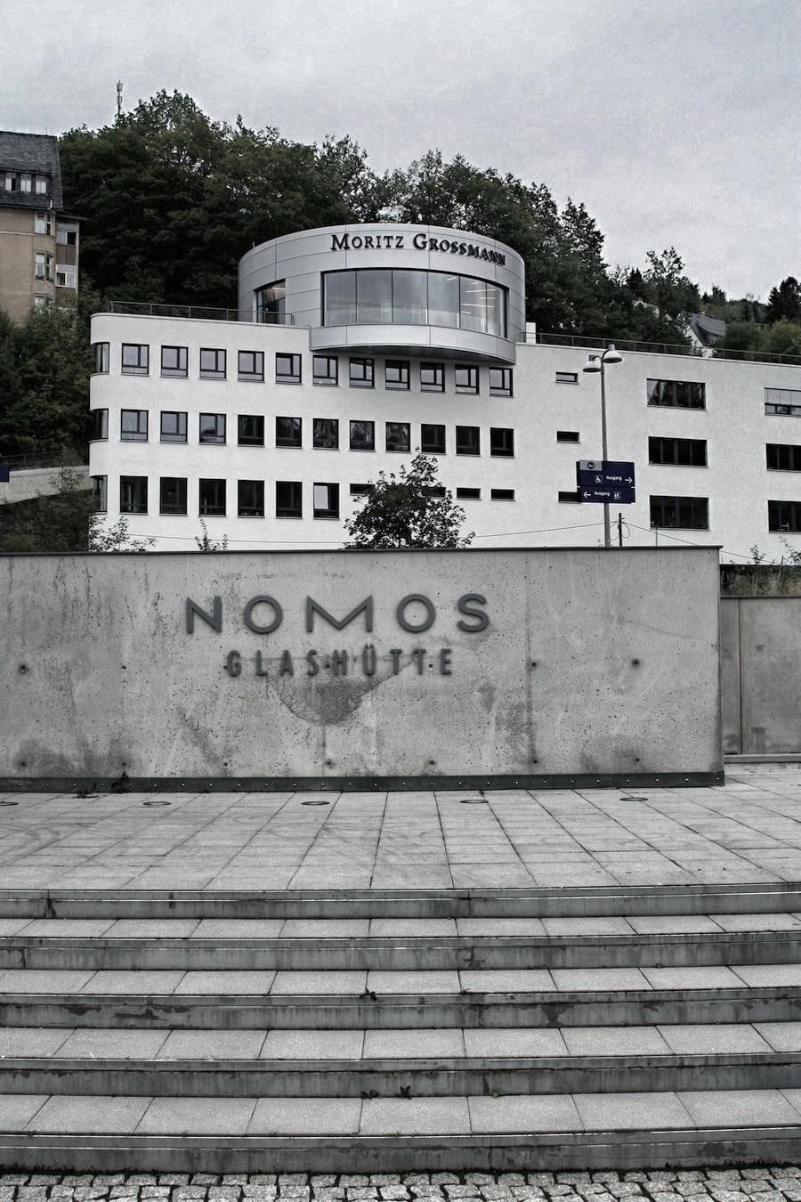 Moritz Grossmann und  Nomos gehören zu den besuchten Manufakturen in Glashütte im Jahr 2015.