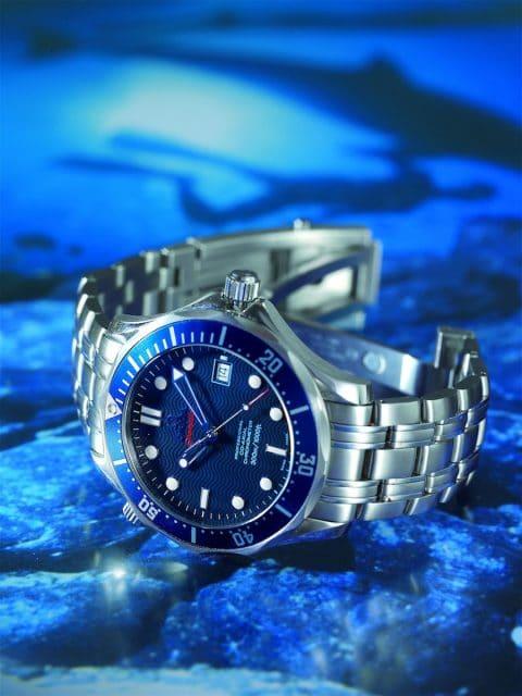 Die Omega Seamaster Professional 300M trug Daniel Craig im Film Casino Royale