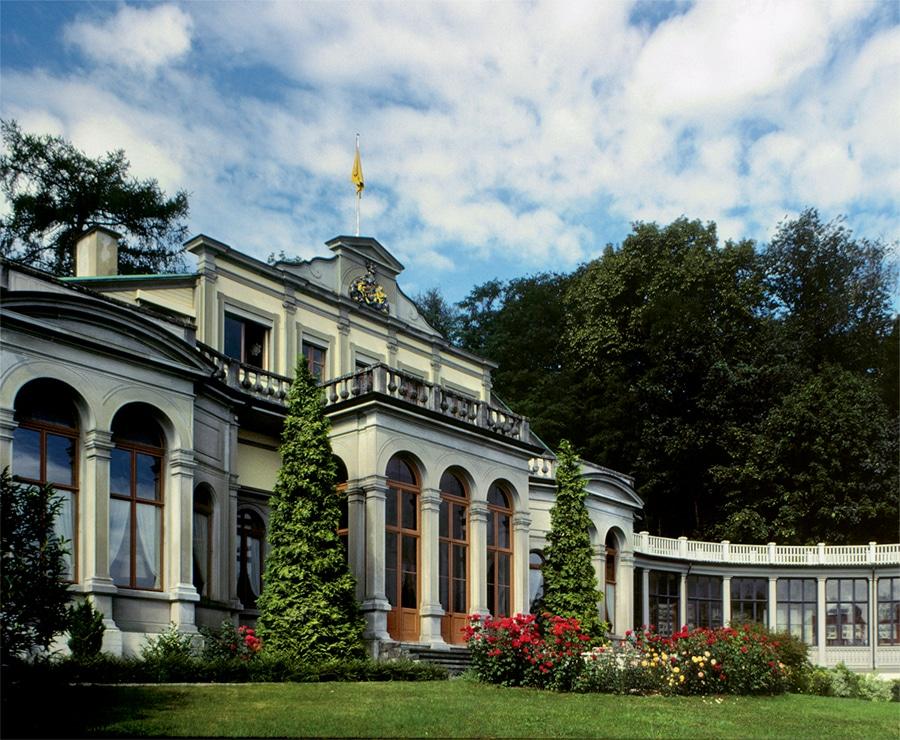 H. Moser & Cie.: Schloss Charlottenfels