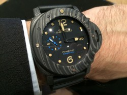 Panerai: Carbon Tech